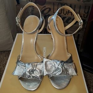 MICHAEL Michael Kors - Silver Sandal
